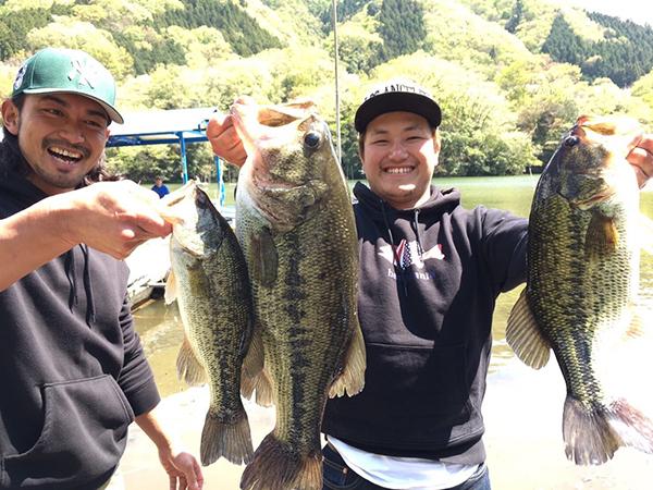 神奈川県相模湖で開催されたバスマニアカップのウイニングルアーがマイラーミノーでした!