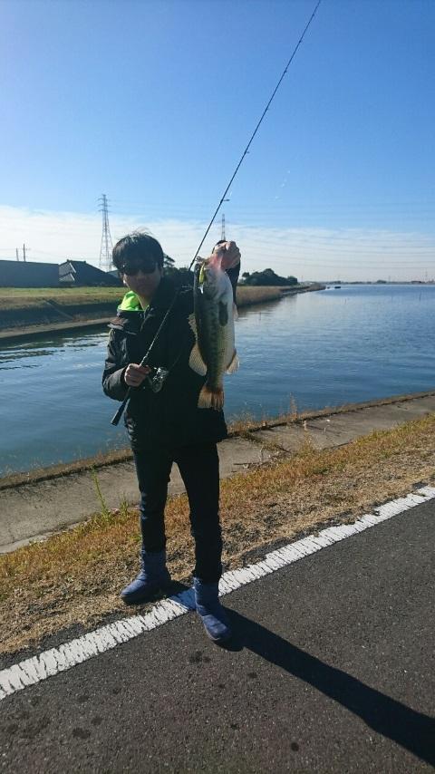 12月20日(木)茨城県霞ケ浦水系にてハイカットSPで54cmのビッグフィッシュがキャッチされました!!